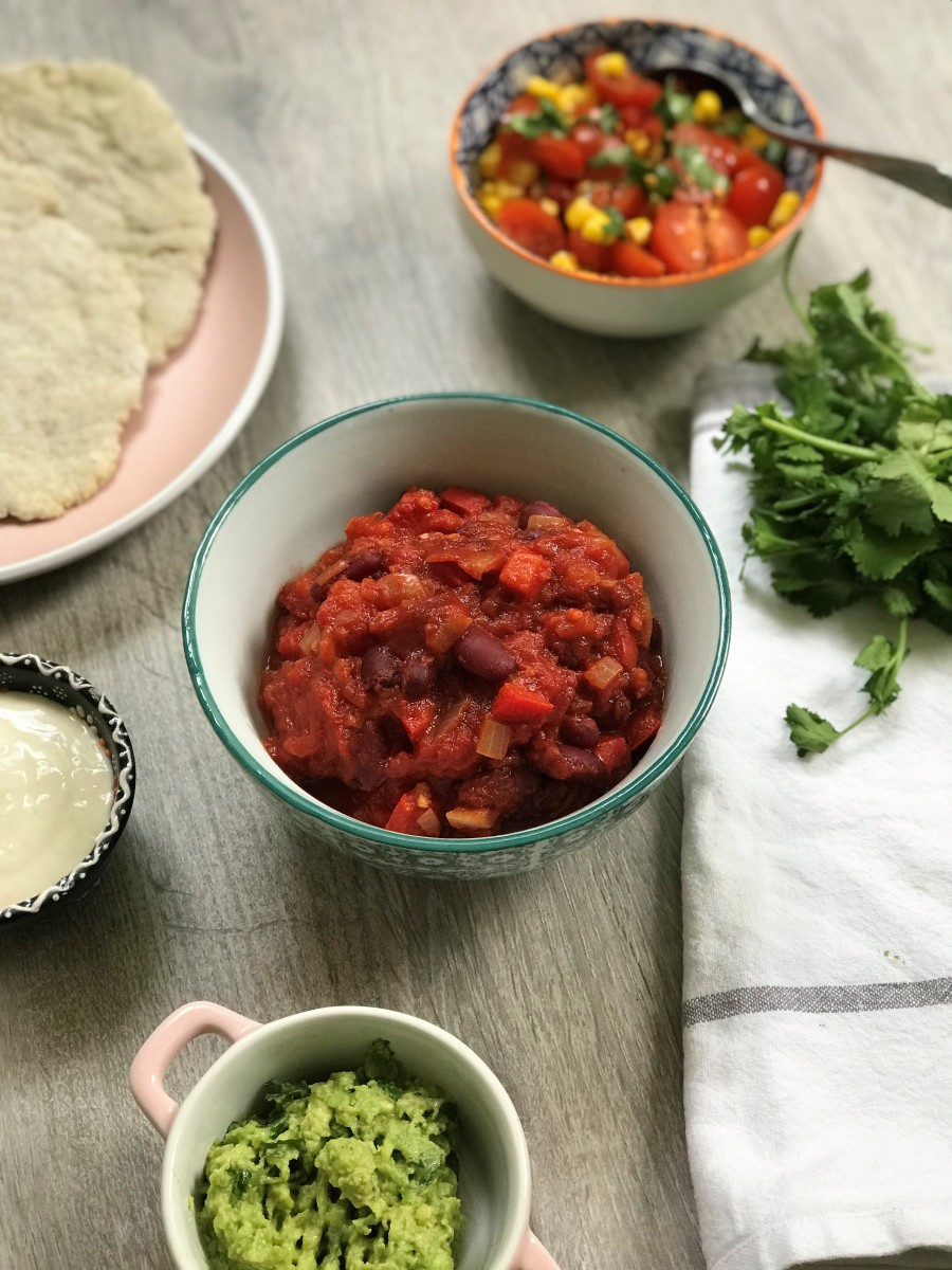 Paprika Baked Beans Tacos with Easy Fluffy Flatbread