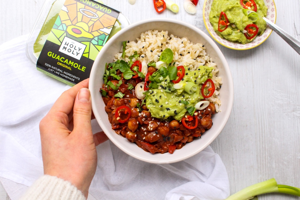 Chickpea Chilli with Guacamole
