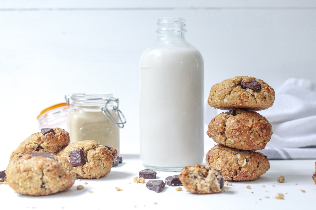 Tahini Chocolate Chunk Oat Cookies