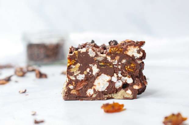 Popcorn and Goldenberry Rocky Roads