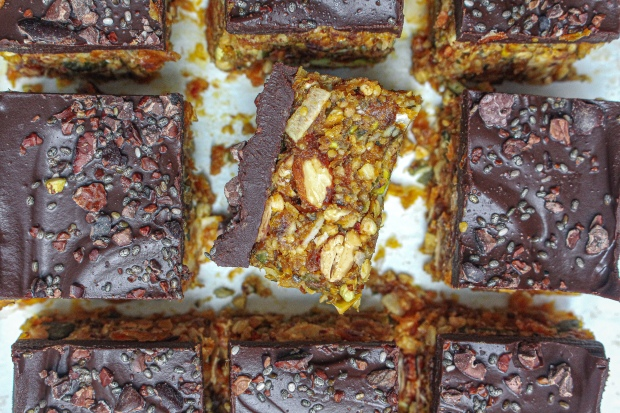 Chocolate Goldenberry Fruit and Nut Bars