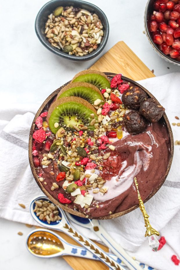 Chocolate Berry Ginger Ninja Smoothie Bowl