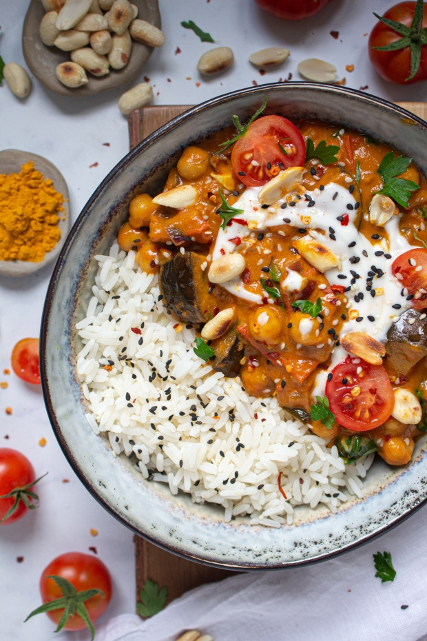 Golden Chickpea and Aubergine Peanut Curry