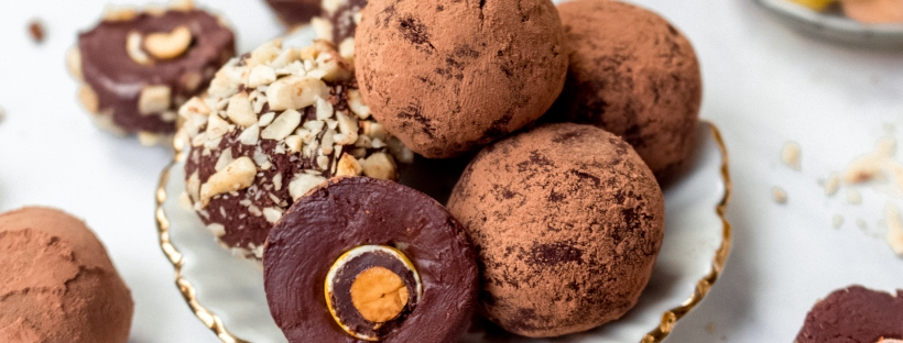 Vegan Peanut Chocolate Truffles