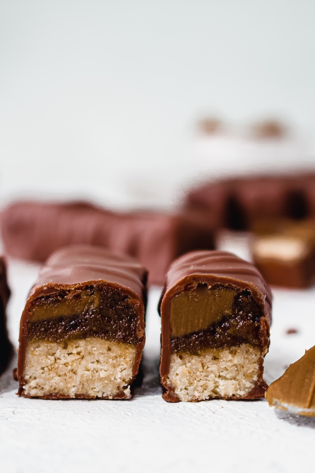 Double Biscoff Caramel Bars