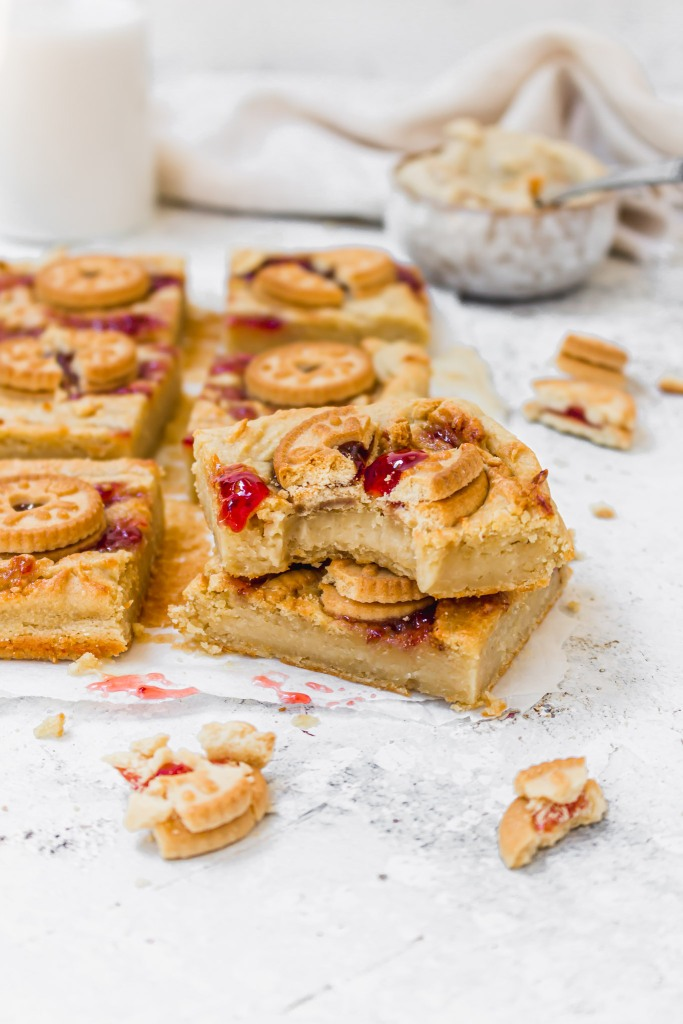 Jammie Dodger (PB&J) Blondies