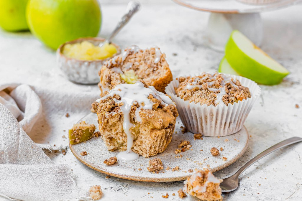 Cinnamon Apple Streusel Muffins